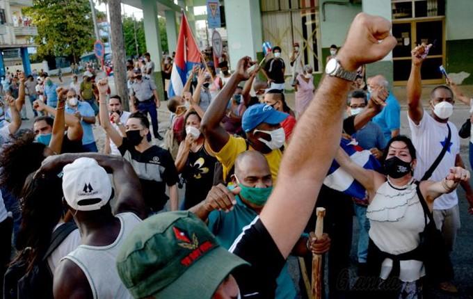 Aanhangers Revolutie 12 07 21